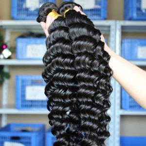 Natural Color Deep Wave Unprocessed Indian Remy Human Hair Weave 3 Bundles